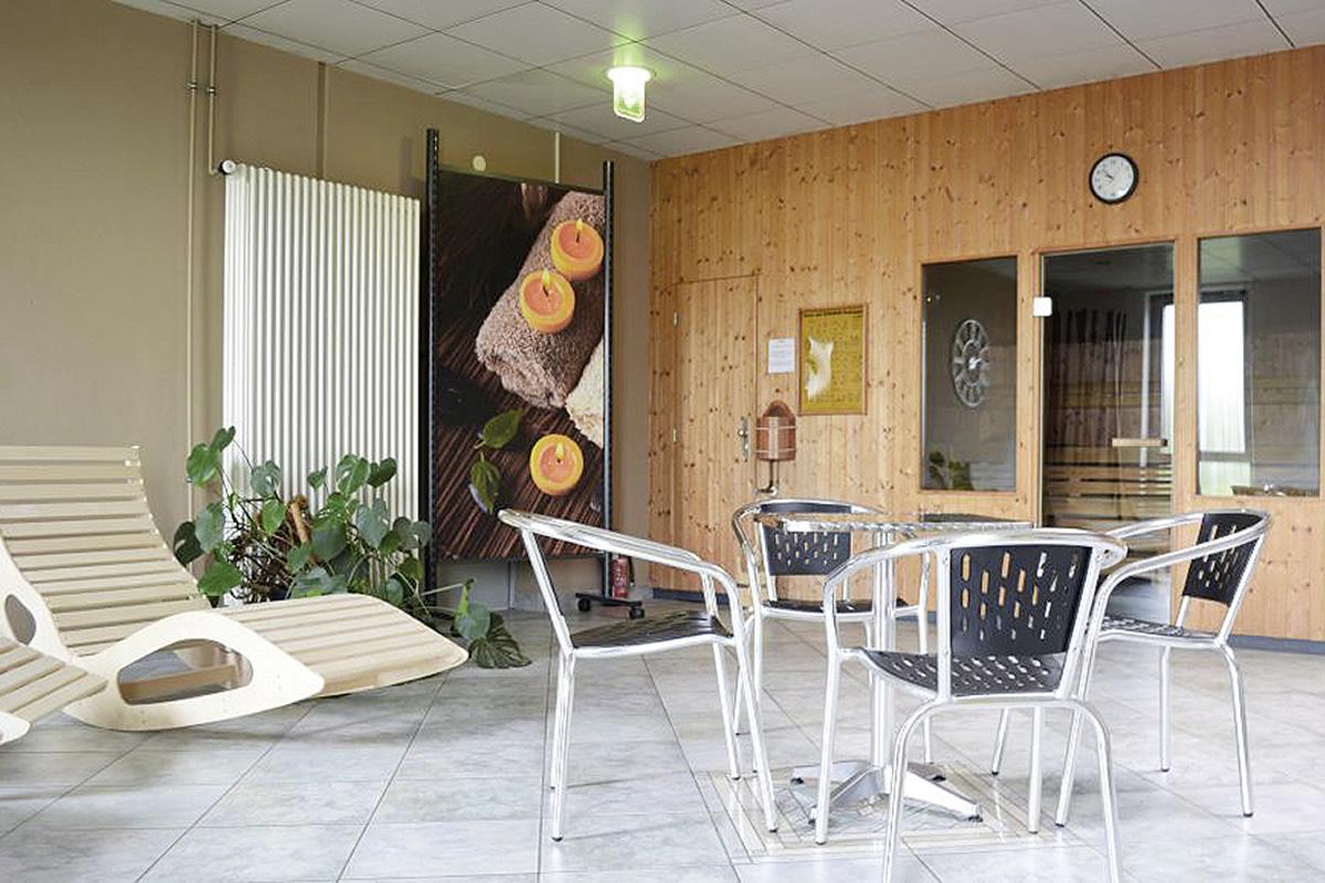 ffnungszeiten sportart patrick heisel. Black Bedroom Furniture Sets. Home Design Ideas